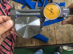 S31803 육각 캡 나사 치수 테스트