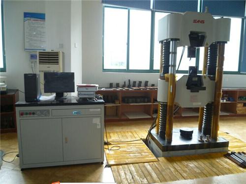 범용 테스트 기계